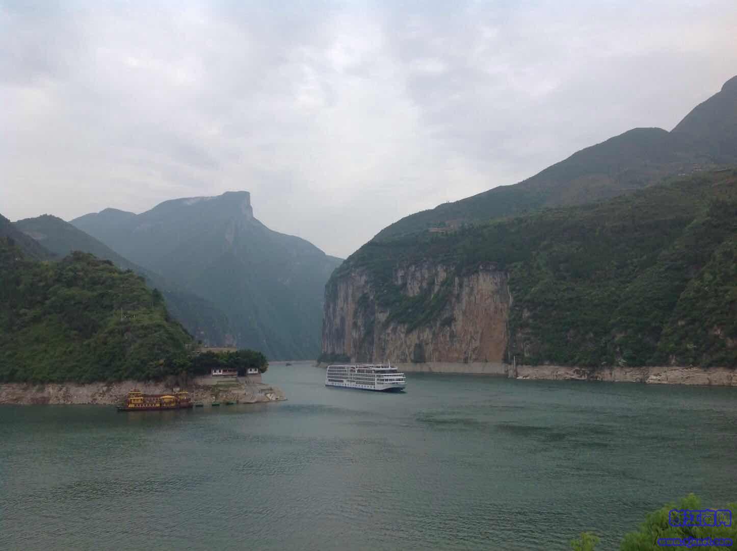 长江三峡游记,美景美不胜收,跟夫人一起畅游,共享这份难忘的旅游